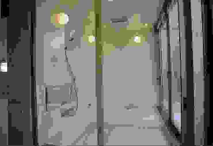 浴室 モダンスタイルの お風呂 の 株式会社河口設計 モダン