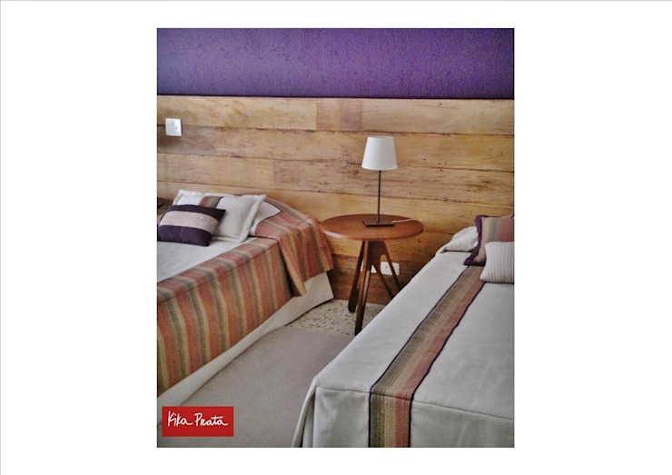 Rustic style bedroom by Kika Prata Arquitetura e Interiores. Rustic