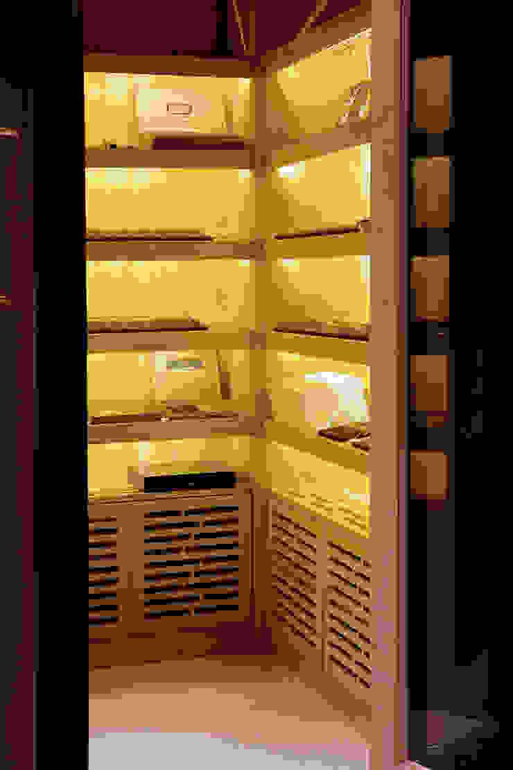 Kerim Çarmıklı İç Mimarlık – Çubukluvadi Evi : modern tarz , Modern