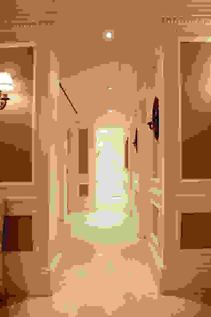Çubukluvadi Evi Modern Koridor, Hol & Merdivenler Kerim Çarmıklı İç Mimarlık Modern