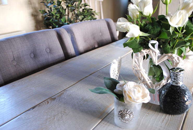 Dining table: country  by Dove and Grey, Country