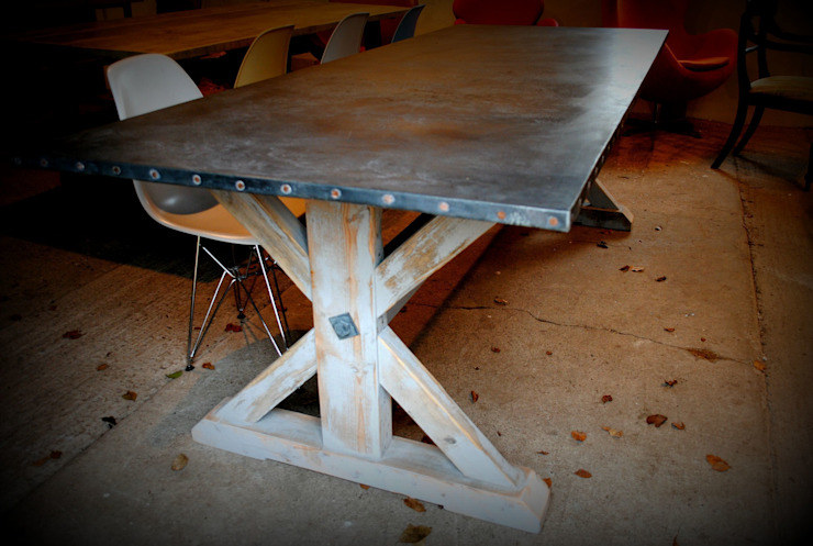 Zinc topped Dining table: country  by Dove and Grey, Country