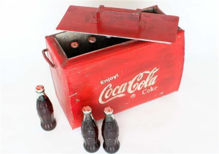 Vintage Coca Cola Cool-Box: eclectic  by Vintage Archive, Eclectic