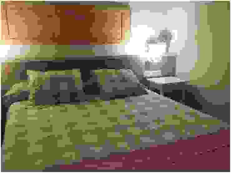 Madera Dormitorios de estilo escandinavo de Cardellach Interior & Events Escandinavo