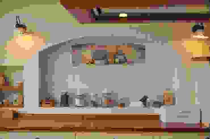 Zabudowa kuchni Rustykalna kuchnia od 'Rustykalnia' Sztuka Wnętrza Rustykalny