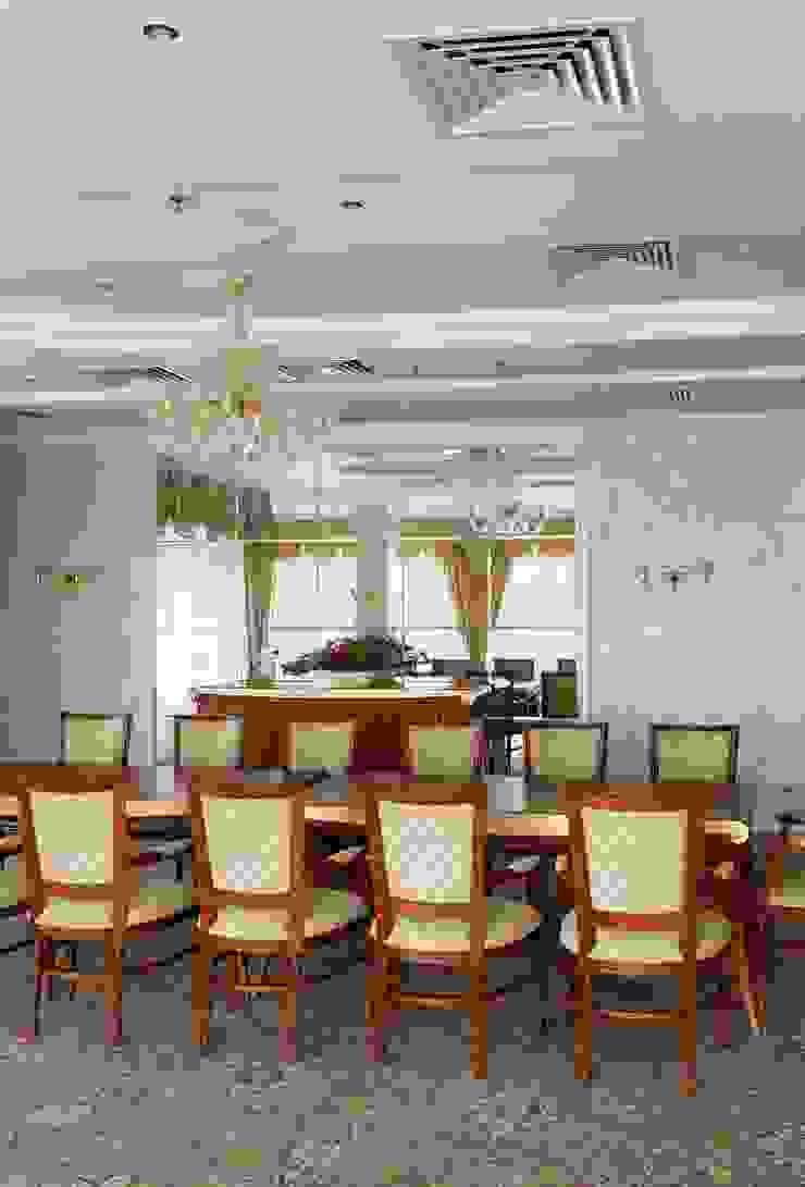 Банкетный зал Гостиницы в эклектичном стиле от ELENA RUMYANTSEVA Эклектичный