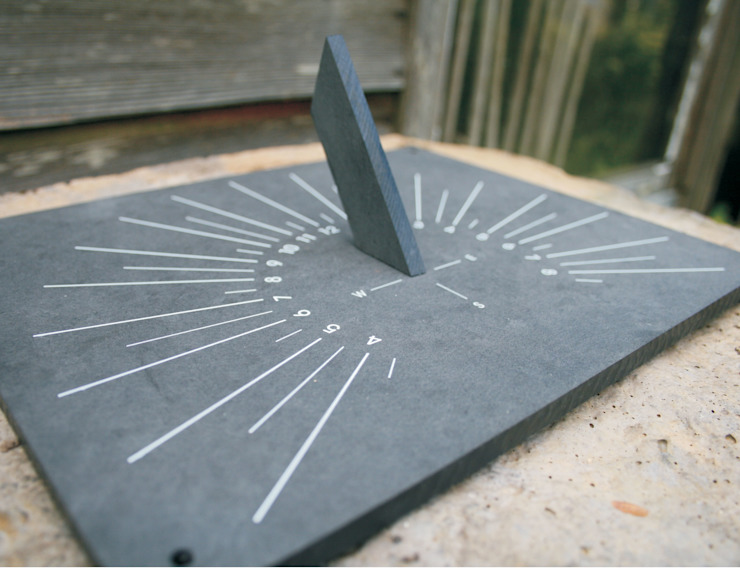 Eco Sundial: classic  by ashortwalk, Classic
