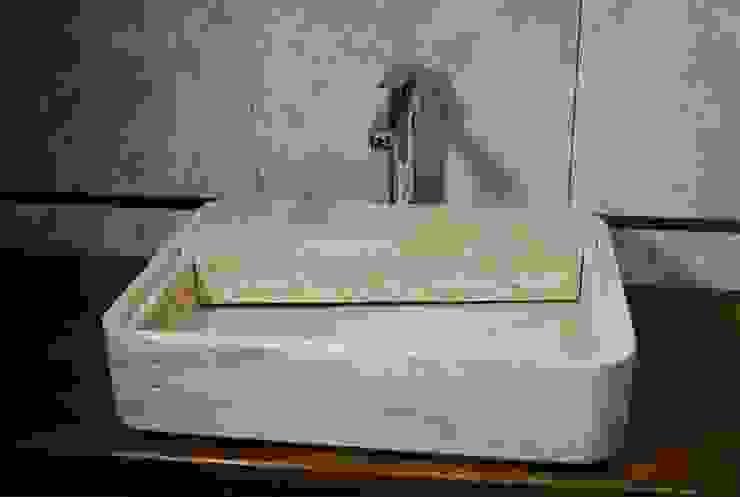 Un-real Studio Associato BathroomSinks