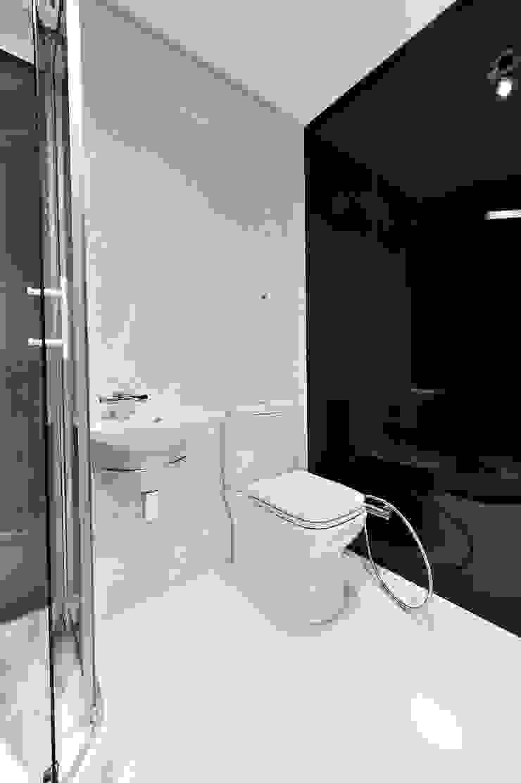 Квартира для отдыха Ванная комната в стиле модерн от Александр Бабаджанян Модерн