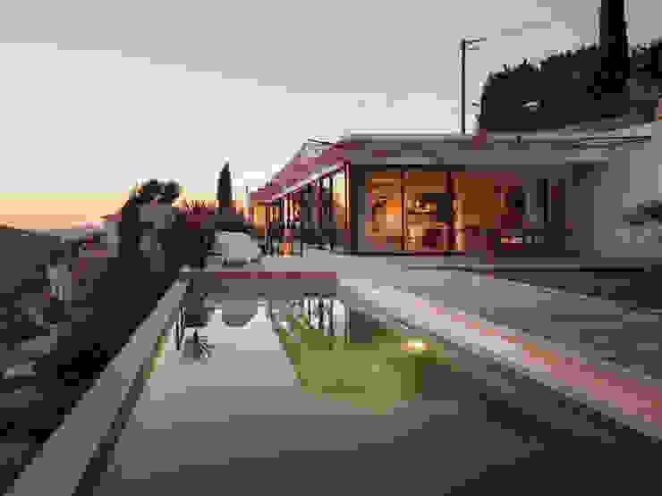 VILLA MACINITA Maisons modernes par X-TREM CLEMENT BOIS ARCHITECTE Moderne