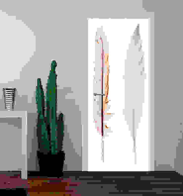 druk na drzwiach od Inoutprint Eklektyczny