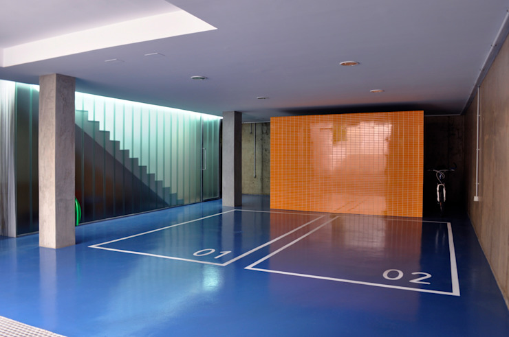 Casa GV Garajes de estilo moderno de 2G.arquitectos Moderno