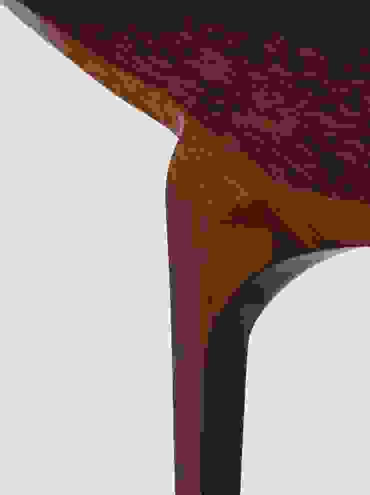 Detalhe aparador Cello Estudio Terpins por Maiora Design Furniture Moderno