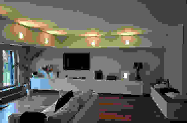 Improver Studio Modern living room