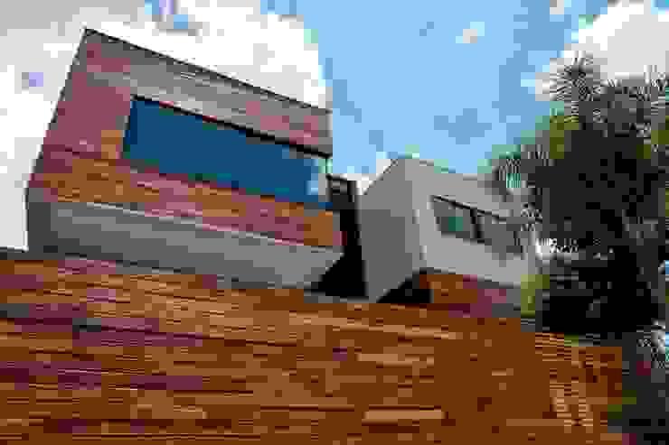 Elmor Arquitetura Modern houses