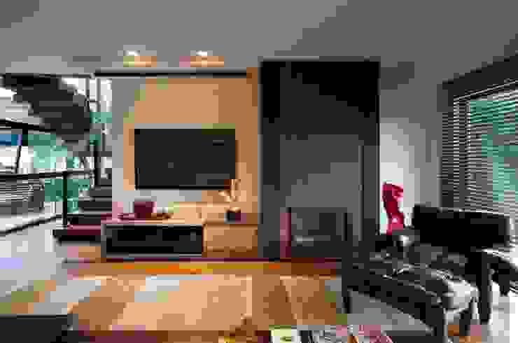 Elmor Arquitetura Modern living room