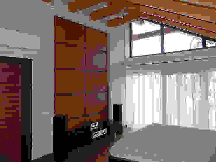 ДОМ НА БЕРЕГУ «ECOHOUSE» Спальня в стиле минимализм от citek Минимализм