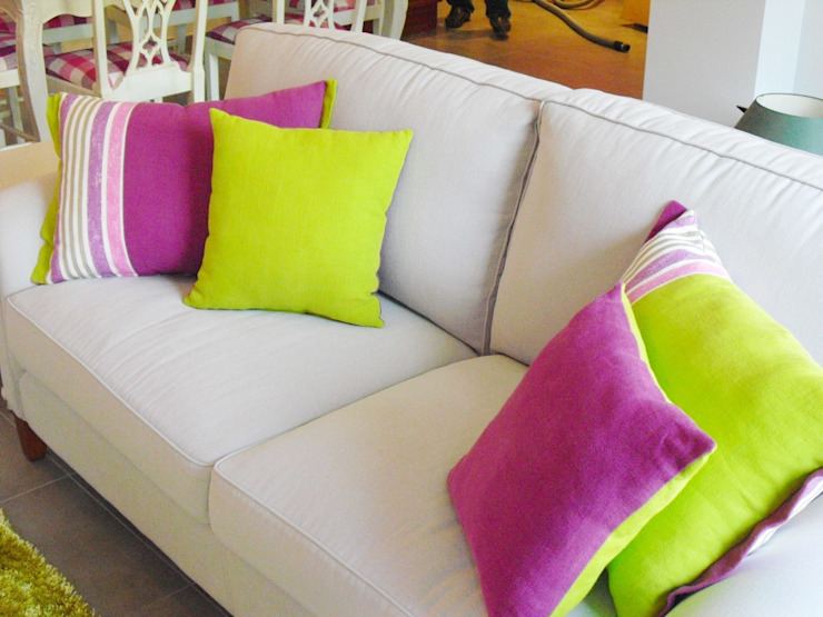 Sala Comum Salas de estar clássicas por Stoc Casa Interiores Clássico