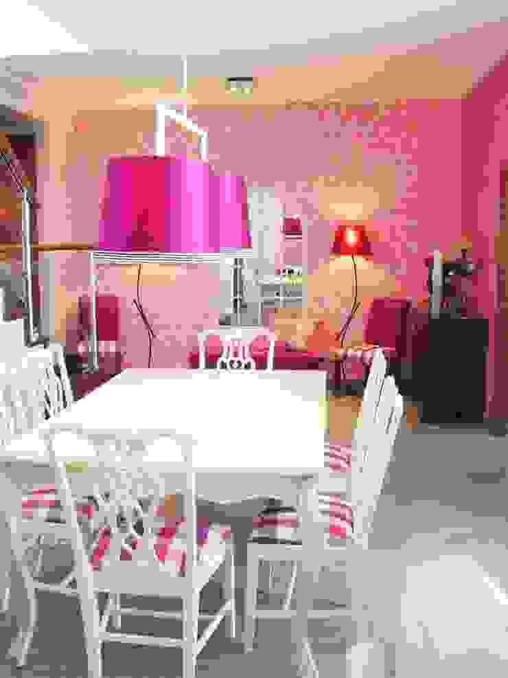 Sala Comum Salas de jantar clássicas por Stoc Casa Interiores Clássico