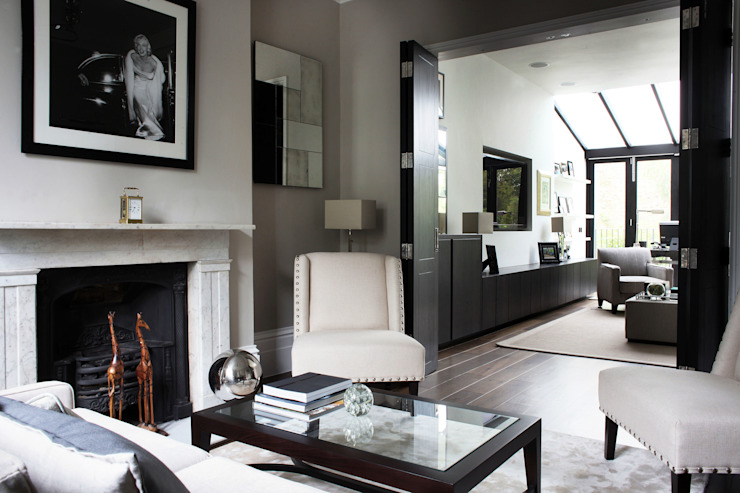 Fulham House by Peek Architecture. Minimalist living room by Alex Maguire Photography Minimalist
