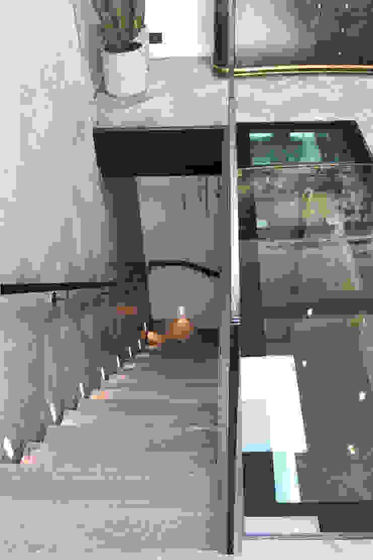 Luxury London penthouse Alex Maguire Photography Modern corridor, hallway & stairs