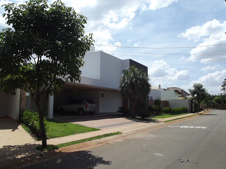 RESIDÊNCIA J&J Casas modernas por Raquel Pelosi Arquitetura e Design Visual Moderno