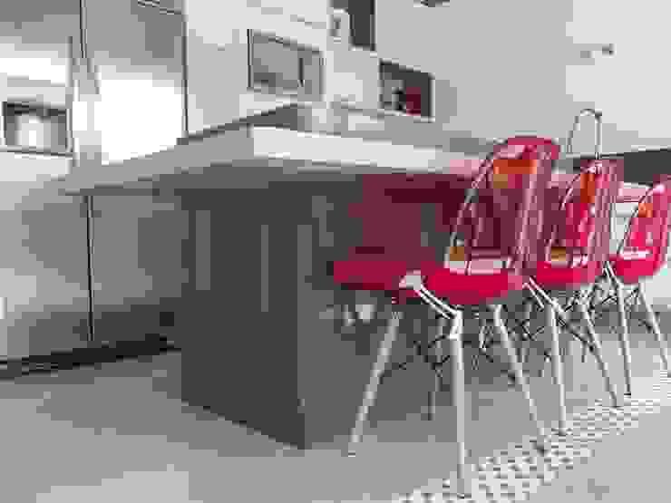 RESIDÊNCIA J&J Cozinhas modernas por Raquel Pelosi Arquitetura e Design Visual Moderno