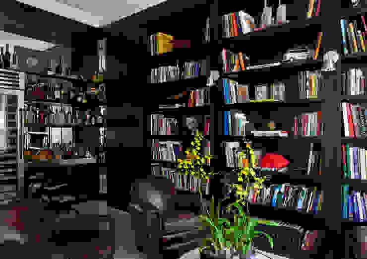 Modern study/office by CSDA Arquitetura e Interiores Modern