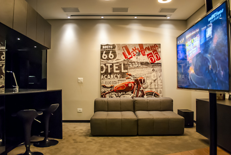Sala Salas de estar modernas por Studio Gorski Arquitetura Moderno