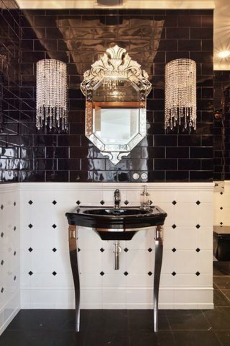 Classic style bathroom by D&A INTERIORS Classic
