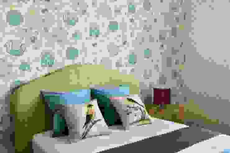 Янтарный дождь Детская комнатa в классическом стиле от D&A INTERIORS Классический