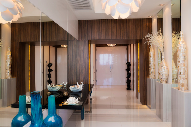 Infinity Spaces Moderner Flur, Diele & Treppenhaus