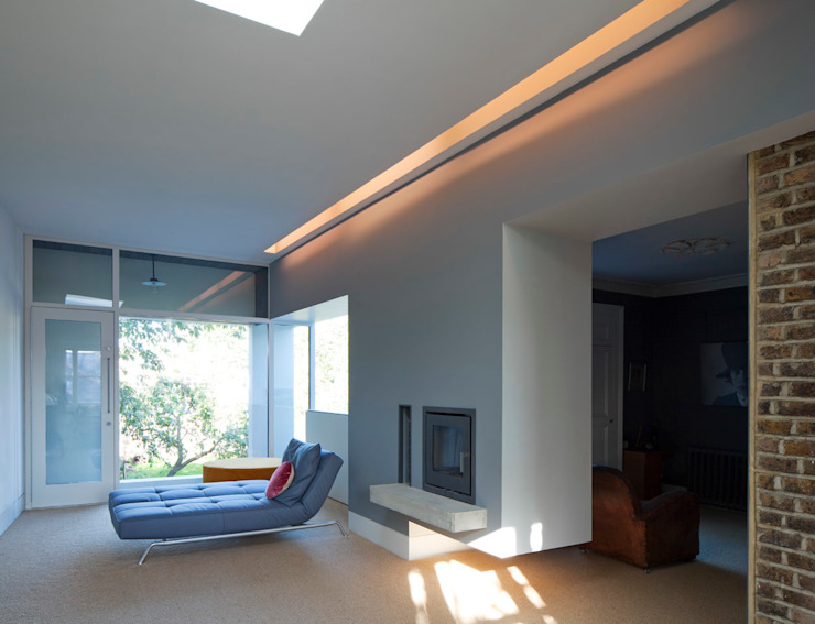 Cut & Fold Modern living room by Ashton Porter architects Modern
