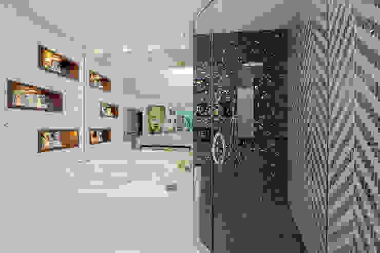 Moderne Badezimmer von Infinity Spaces Modern