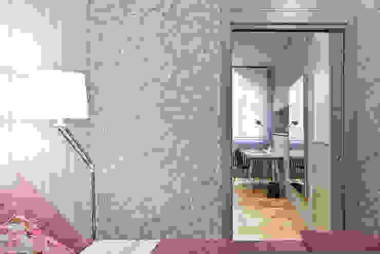 Reforma integral en el centro de Bilbao. Dormitorios de estilo moderno de Urbana Interiorismo Moderno