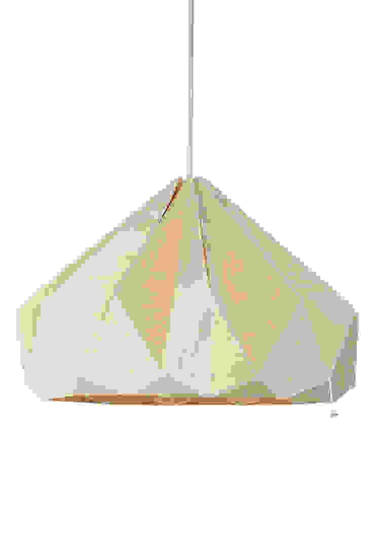 De nieuwe houten Chestnut lamp van Snowpuppe Scandinavisch