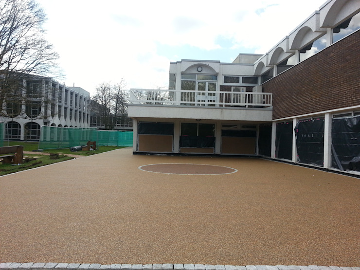 Creating a modern look and feel to court yards. Permeable Paving Solutions UK Commercial Spaces