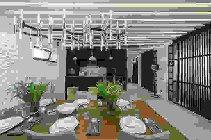 Кухня в загородном доме Кухня в стиле минимализм от Kerimov Architects Минимализм