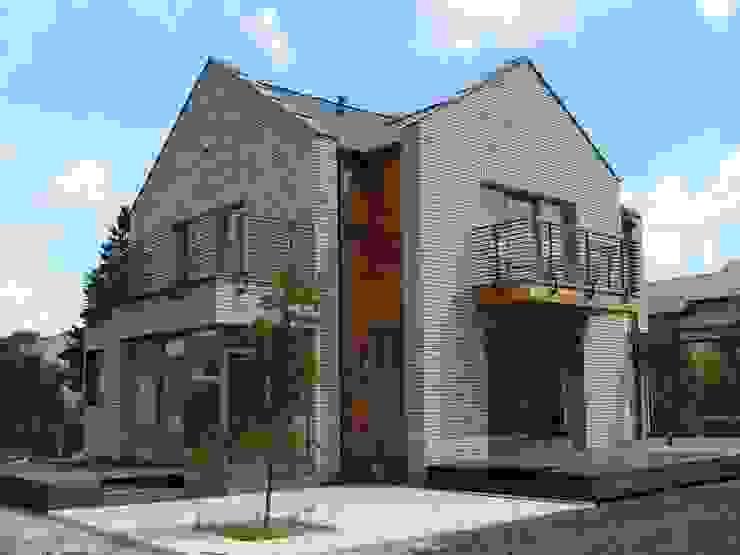 Casas de estilo minimalista de Nowak i Nowak Architekci Minimalista