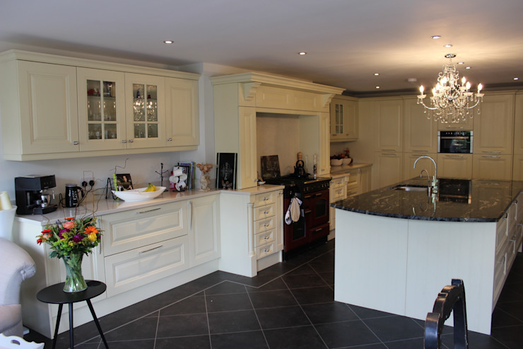 DM Design Customer Edinburgh Classic style kitchen by DM Design Classic