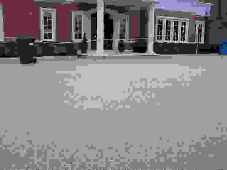 Resin bound permeable paving Permeable Paving Solutions UK Moderne Wände & Böden