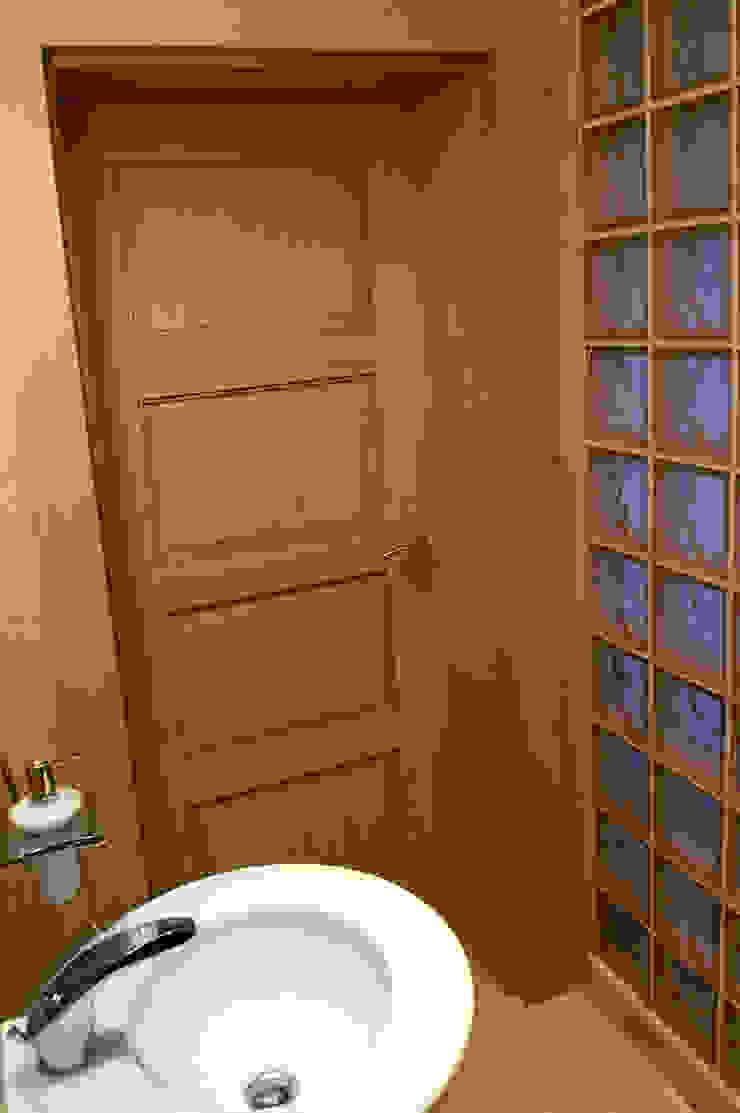 Klassieke badkamers van Anna Buczny PROJEKTOWANIE WNĘTRZ Klassiek