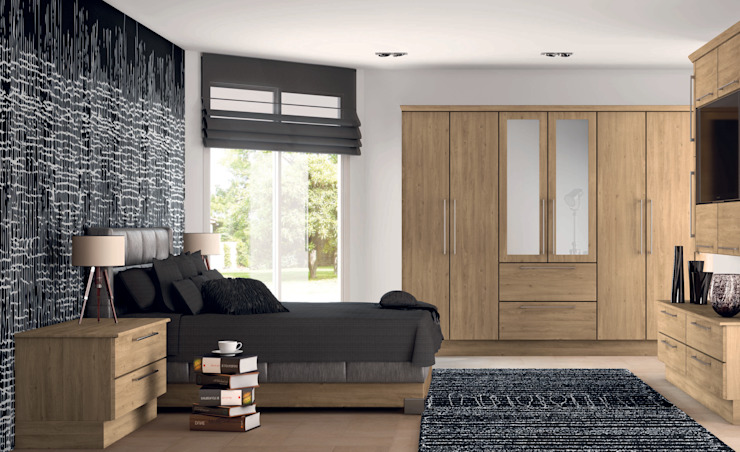 DM Design Arlington Oak Doors Classic style bedroom by DM Design Classic