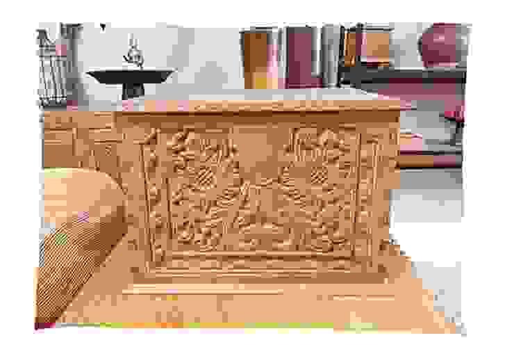 Potpourri de muebles importados:  de estilo  por Opiusly ,Ecléctico