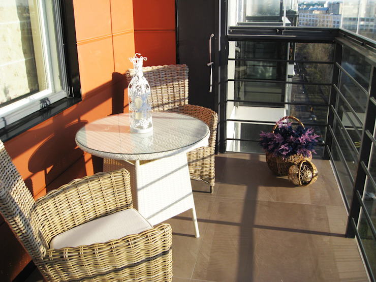 Квартира по финским лекалам Балкон в скандинавском стиле от Format A5 Fontanka Скандинавский