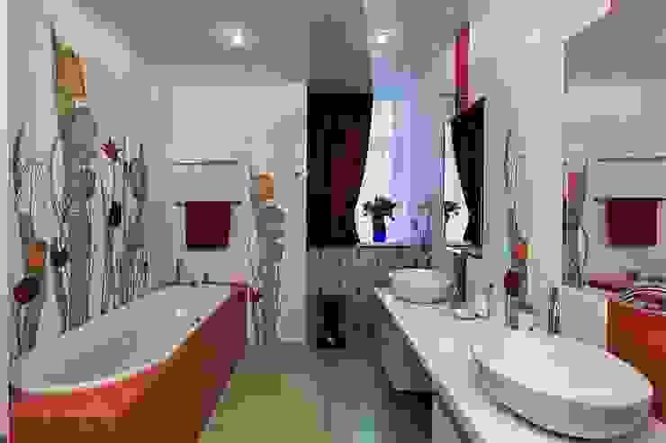Жизнь в ярких цветах Ванная комната в стиле модерн от дизайн студия 'LusiSarkis ' Модерн