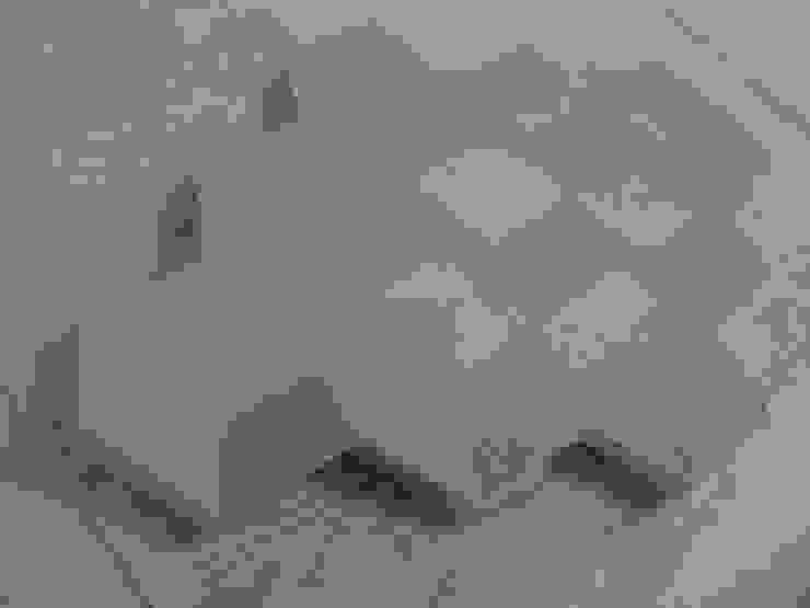 Golden Rhombus: modern  door Barst! Keramiek, Modern