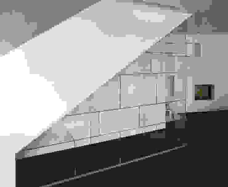 modern  by Vetreria f.lli Paci, Modern