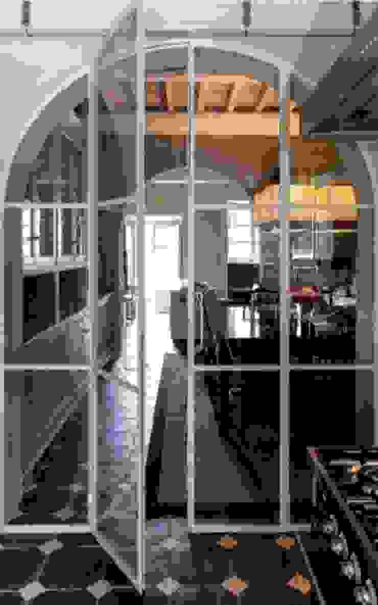 Casa Nuova Sala da pranzo moderna di Studio Mazzei Architetti Moderno