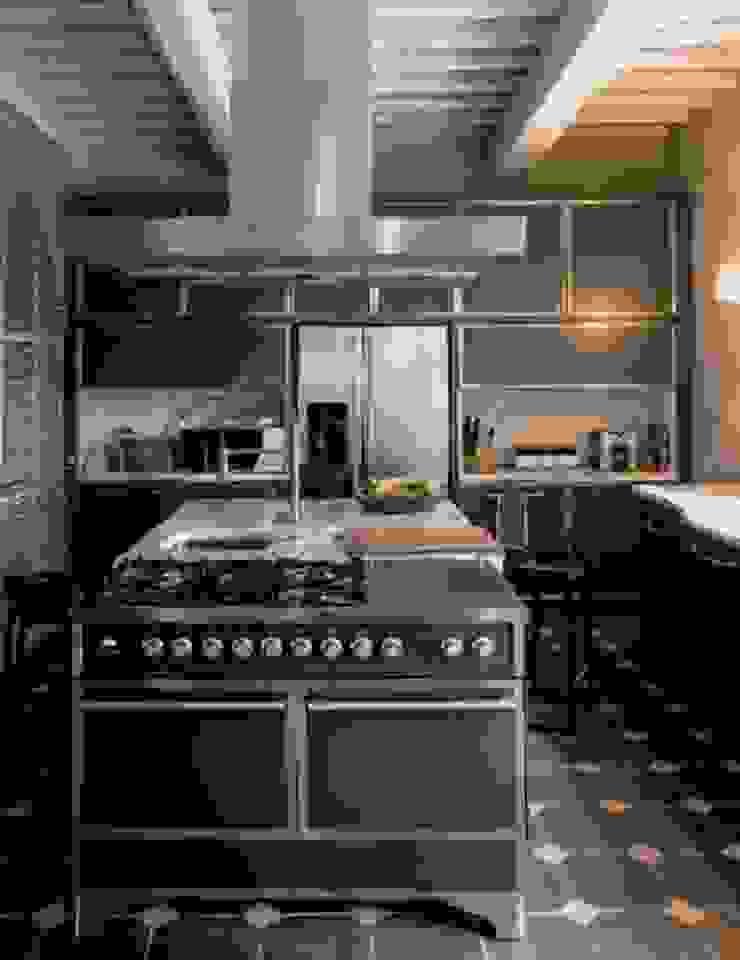 Casa Nuova di Studio Mazzei Architetti Moderno